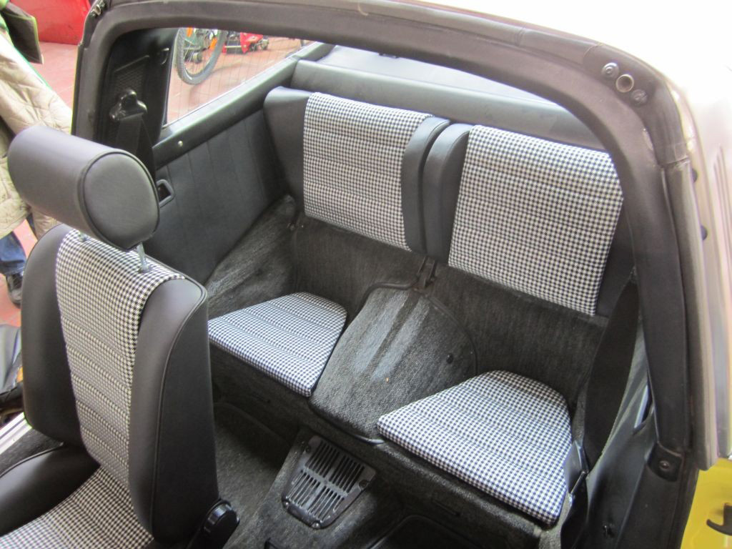 Back Seats Porsche 911 Amp 912 Leatherette Houndstooth
